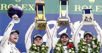 Porsche wins in Le Mans