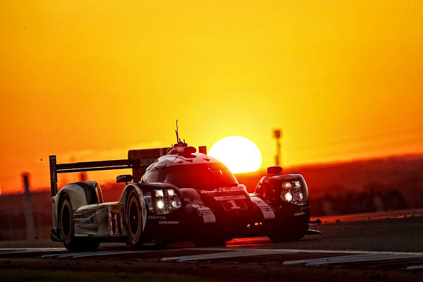 Austin (USA) 2016: Porsche 919 Hybrid, Porsche Team: Timo Bernhard, Brendon Hartley, Mark Webber
