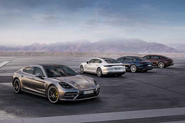 Panamera Turbo Executive, Panamera 4 E-Hybrid Executive, Panamera 4S Executive, Panamera 4 Executive (Executive model designation market specific)