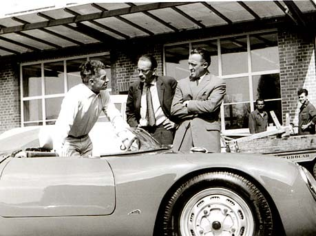 Herbert von Karajan - Richard von Frankenberg - unknown at the Porsche 550-0131
