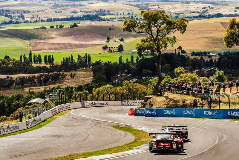 Bathurst 12H 2018 Porsche 911 GT3 R, Competition Motorsports (12): Patrick Long, David Calvert-Jones, Matt Campbell, Alex Davison