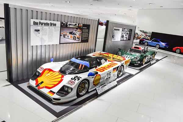 The-Porsche-museum-also-uses-its-motor-racing-vehicles-as-brand-ambassadors-worldwide-like-the-Porsche-911-996-GT1-that-is-part-of-the-exhibition-for-the-very-first-time-at-all-as-well-as-the-Porsche-962-Dauer-Le-Mans-GT.-2-1.jpg