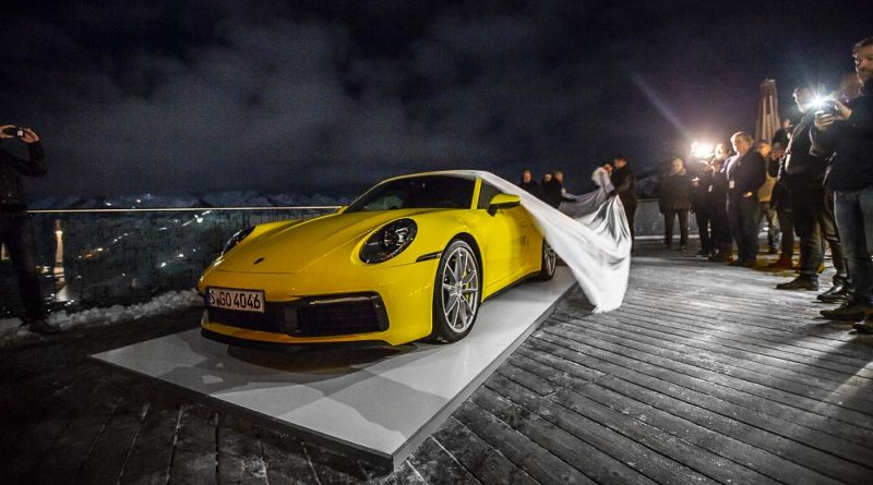 Great appearance for the new Porsche 911 in the Alps