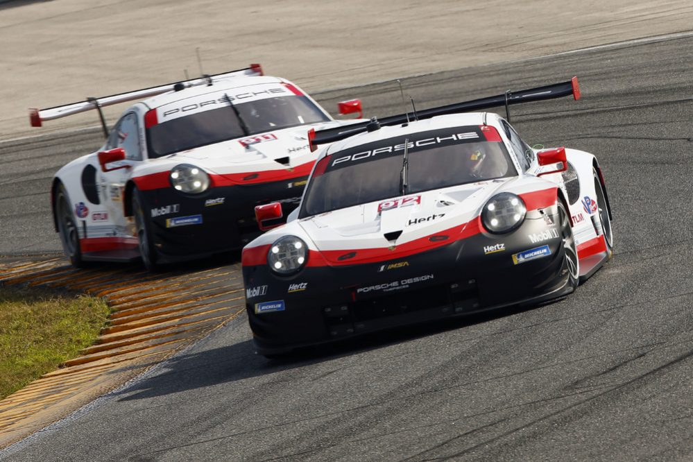 Race Debut For The New Porsche 911 Gt3 R At The Daytona 24 Hours
