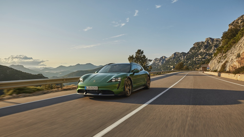 photo of The Porsche management switches to all-electric and hybrid moels image