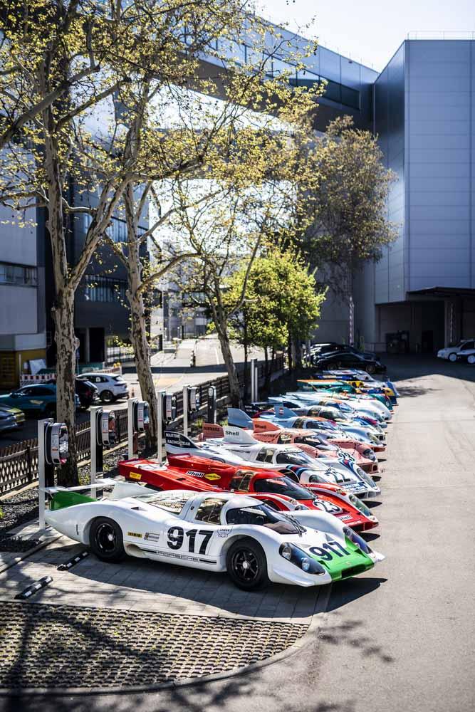 "Where it all began: Group picture of the Porsche 917 at the \""Werk 1\"" in Stuttgart-Zuffenhausen."