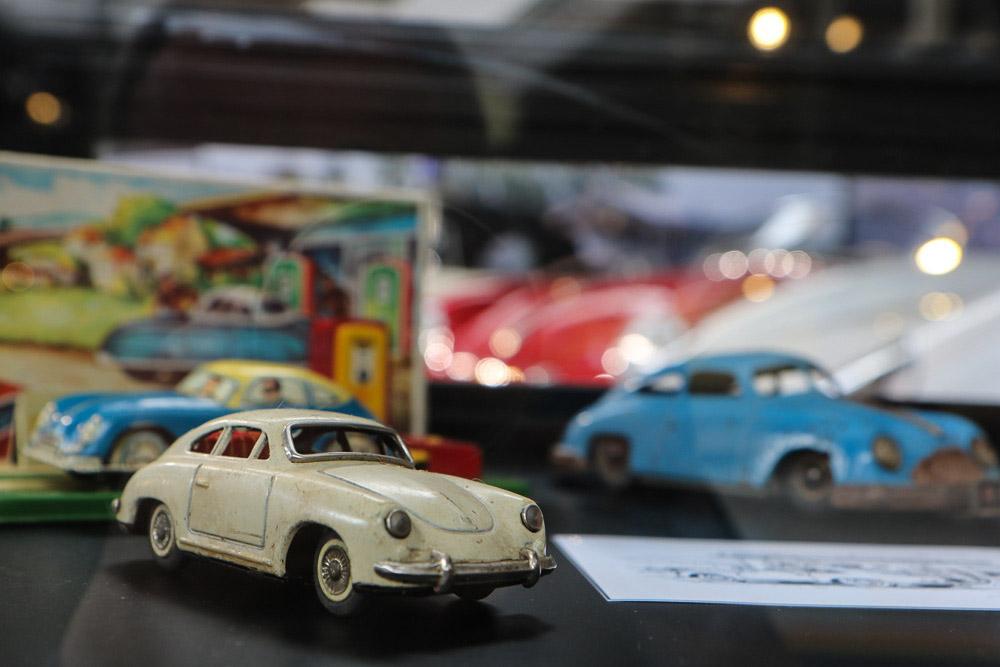 Porsche-356-Autoworld-Brussels-76