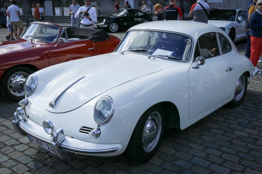 Porsche-autoworld-11