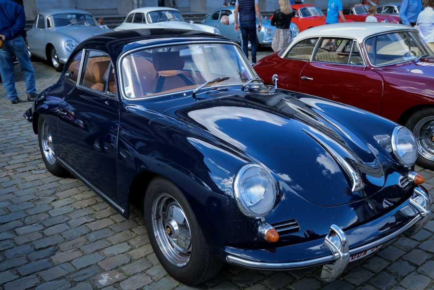 Porsche-autoworld-12