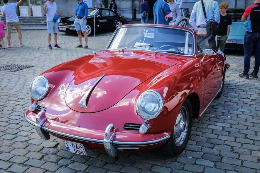 Porsche-autoworld-13