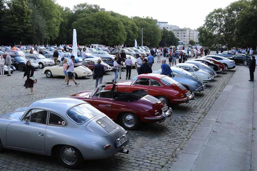 Porsche-autoworld-2