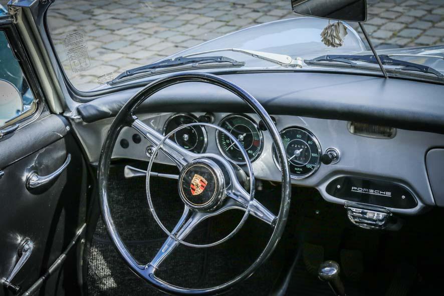 Porsche-autoworld-29