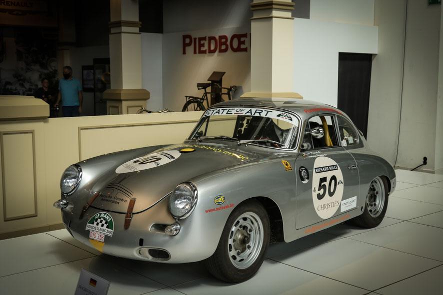 Porsche-autoworld-36
