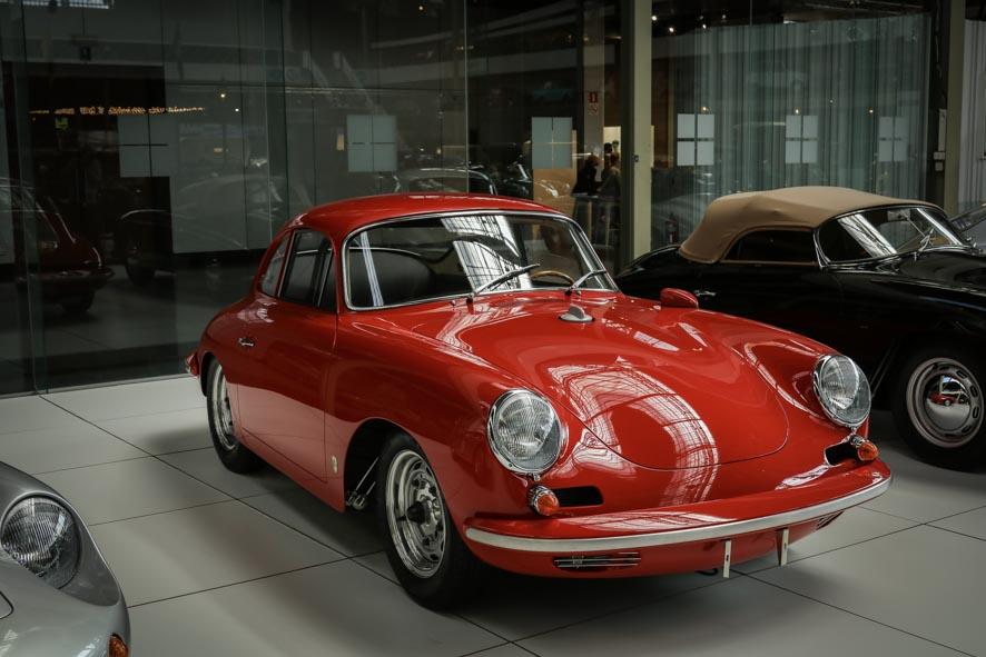 Porsche-autoworld-37