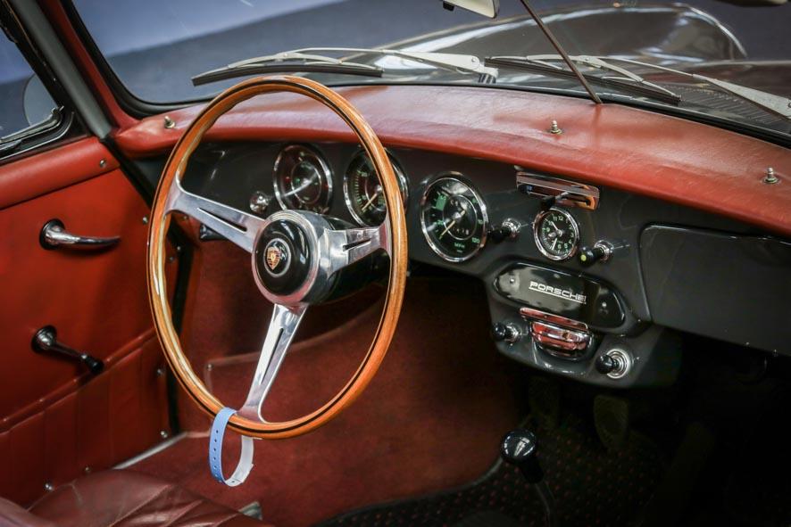 Porsche-autoworld-41