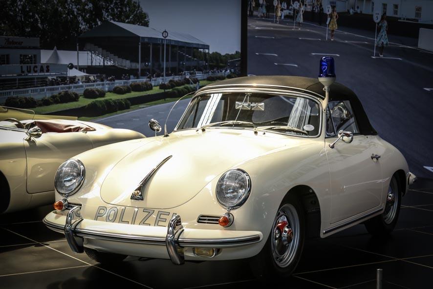 Porsche-autoworld-42