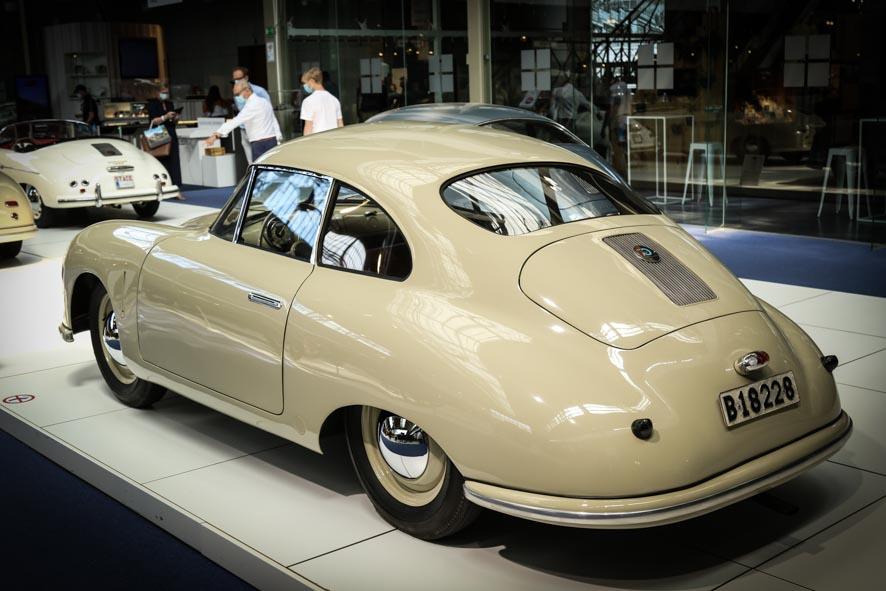 Porsche-autoworld-47