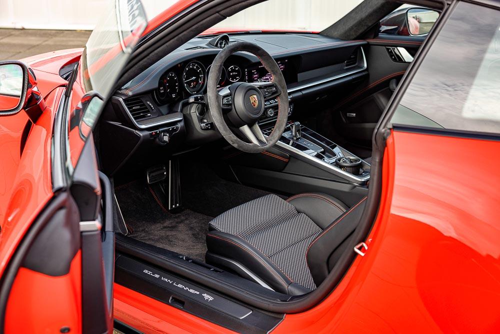 Unique-Porsche-911-Carrera-S-Gijs-van-Lennep-version-8