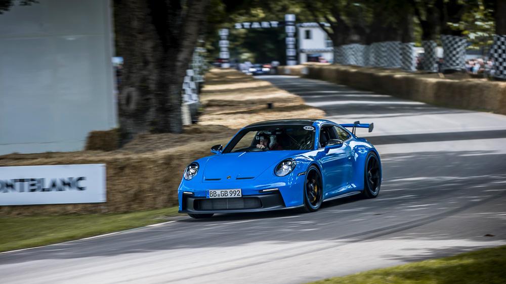 2021-Goodwood-FOS-Porsche-911-GT3-992-8