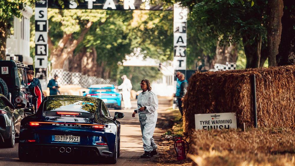 2021-Goodwood-FOS-Porsche-911-GT3-Touring-13