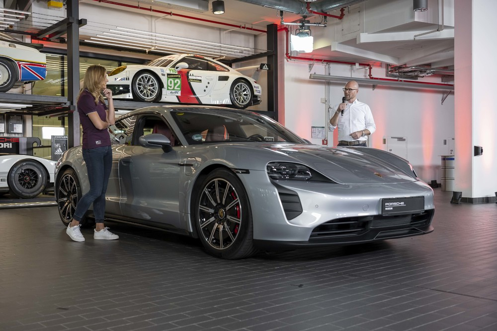 Porsche-sound-engineer-Tobias-Hillers-brought-along-a-prototype-of-the-all-electric-Taycan