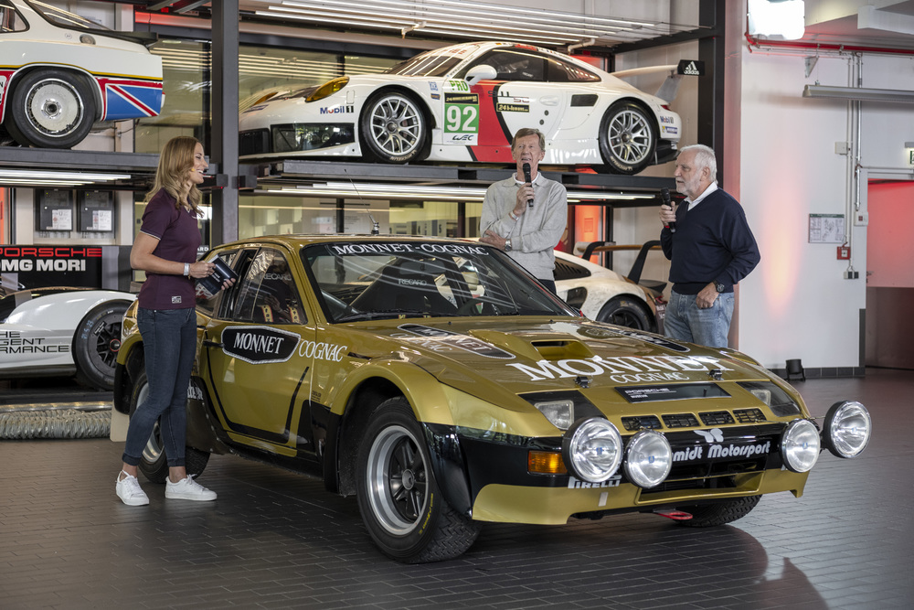Walter-Röhrl-emphasized-at-the-Sound-Night-that-he-is-particularly-fond-of-the-924-Carrera-GT-Rallye