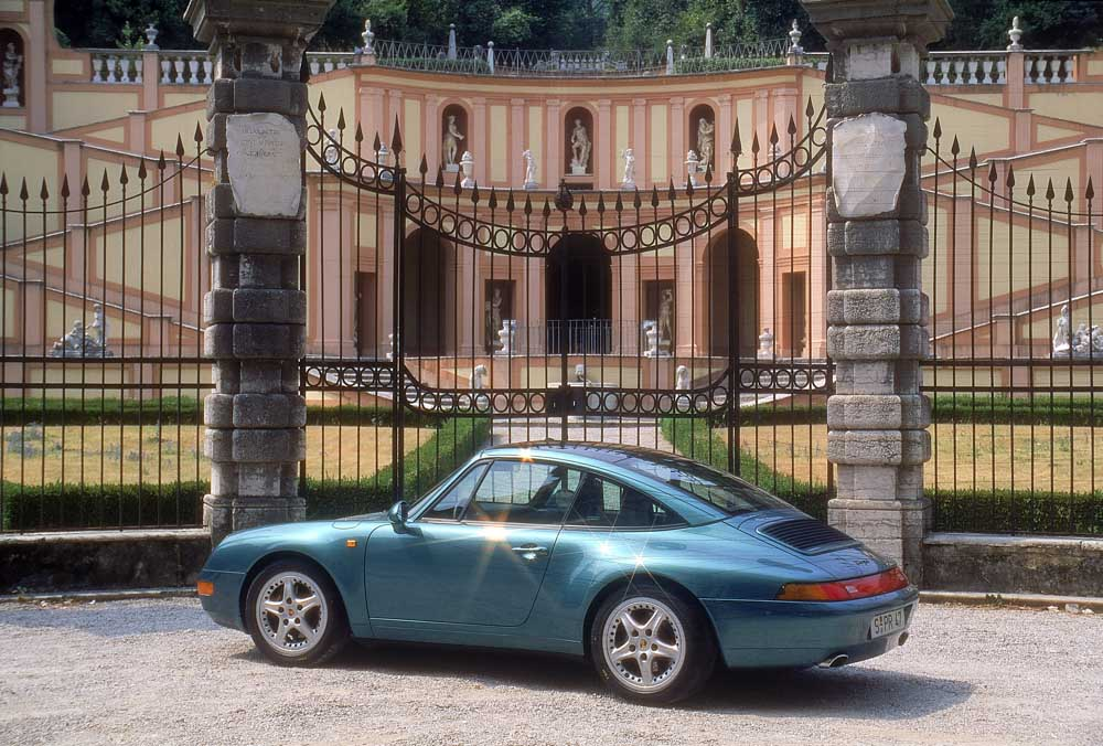 Porsche 911 Carrera 2 3,6 Targa, model year 1990911 Targa 3,6 Coupé, model year 1996
