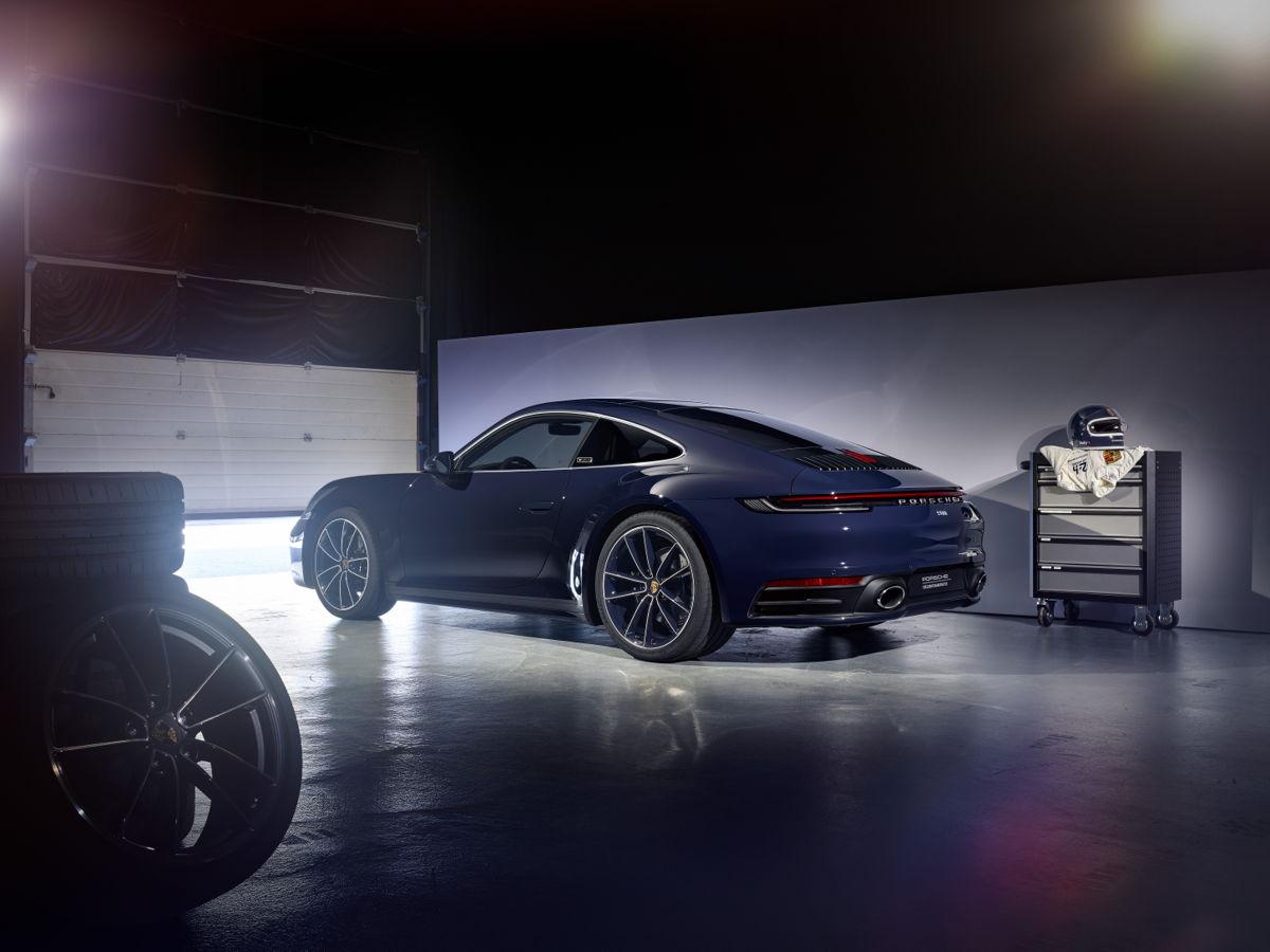 Porsche-911-Carrera-4S-Belgian-Legend-Edition