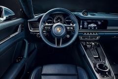 The new Porsche 911 Carrera 4S: Interior