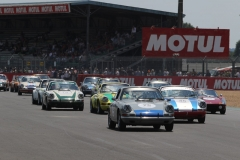 More Porsche 911 in the Porsche Classic Le Mans Race