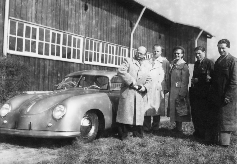 Seven decades ago, on 26 May 1950, the first customer collection took place at Porsche in Zuffenhausen.