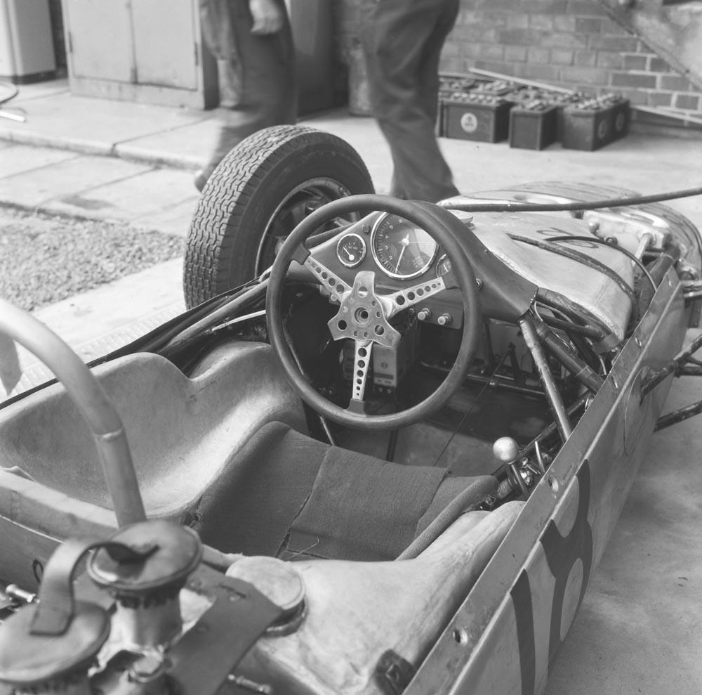 1962 Porsche-steering-wheels-1962-Porsche-804