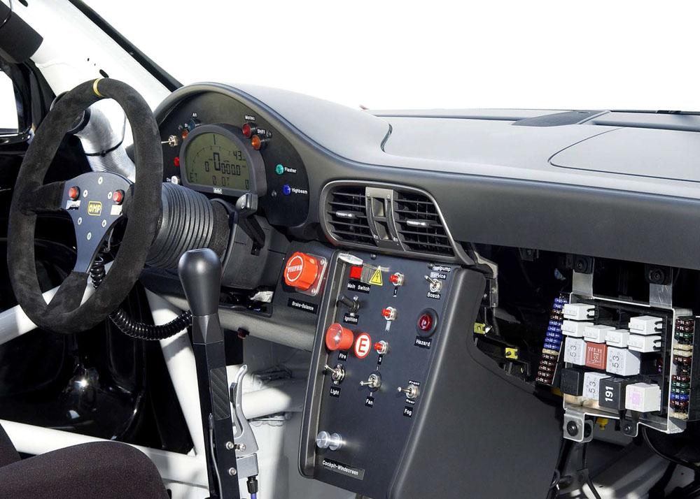 2005 Porsche-steering-wheels-2005-Porsche-911-GT3-Cup